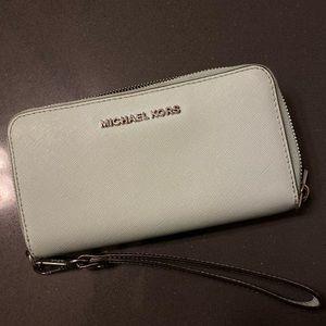 Michael Kors Continental Zip Wallet/Wristlet